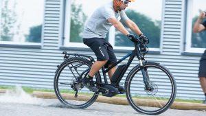Bicicletta elettrica in azione