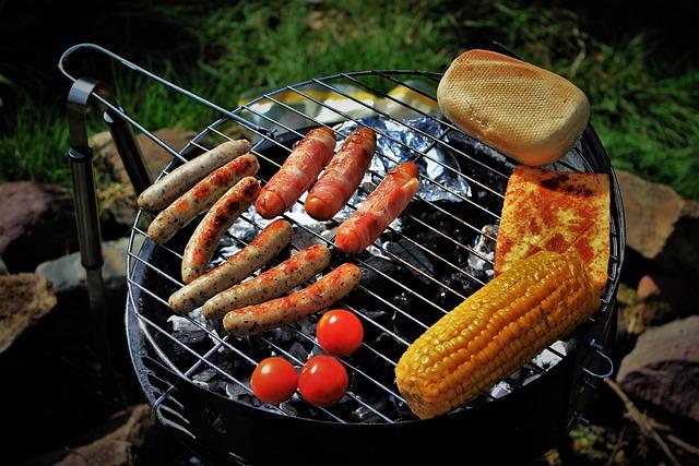 Grigliata su barbecue a carbonella